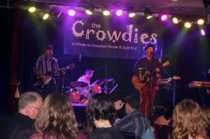 Crowdies show