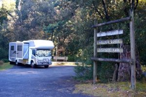 Parked up at the Hellyer Gorge Roadside Park - great spot but very cold!!